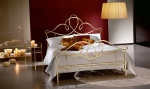 iron-bed-with-elegant-frames